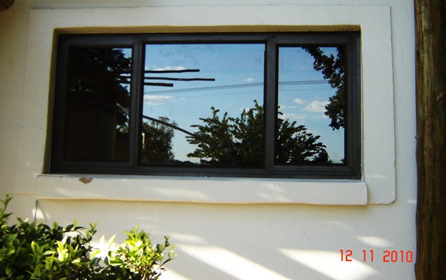 side-hung-aluminium-windows